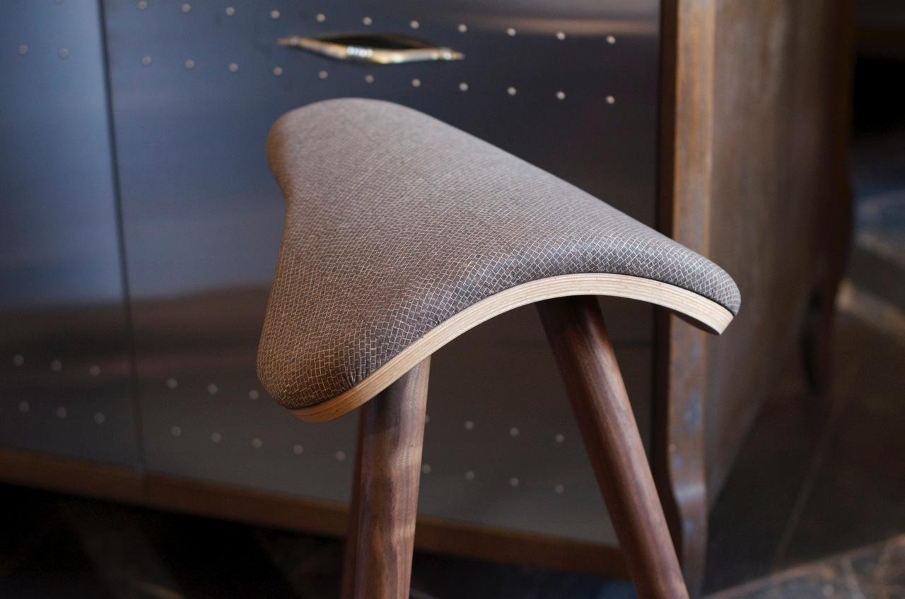 counter stool, Horse Stool