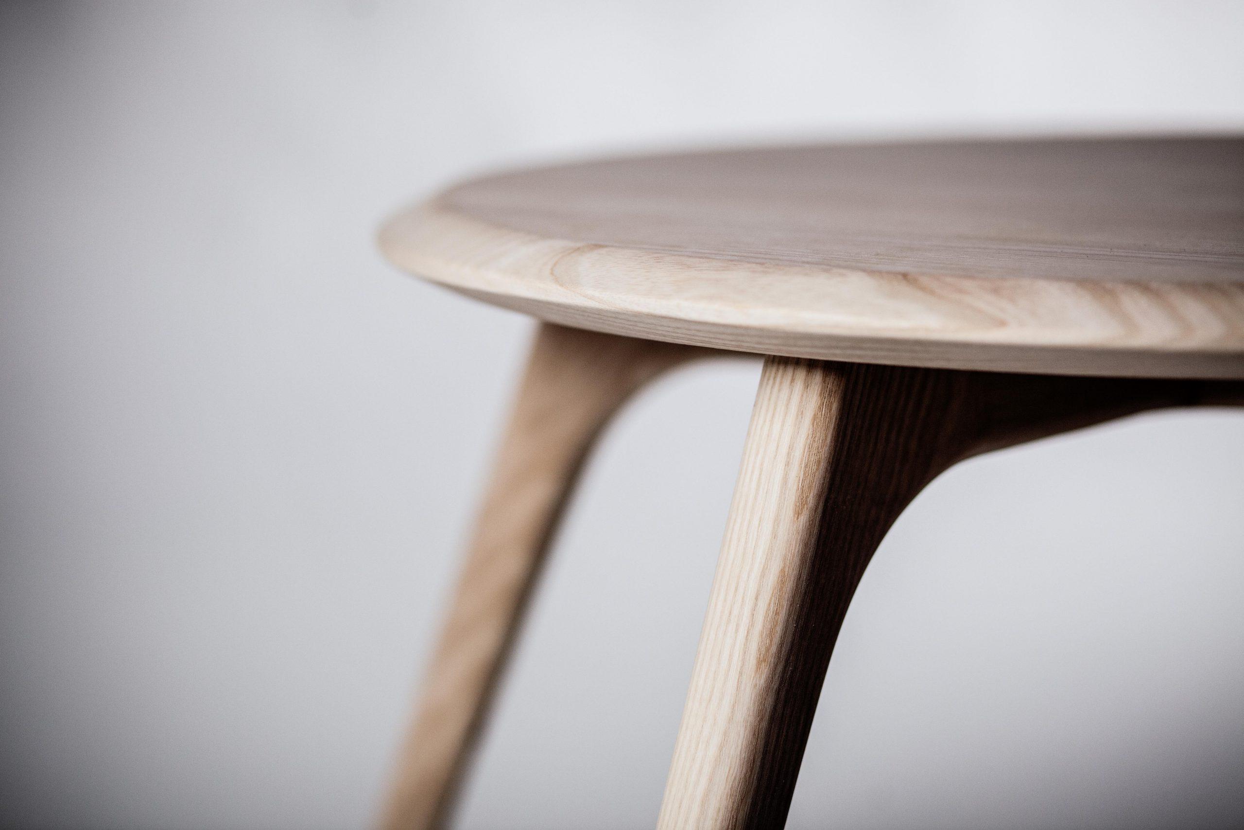 nest table
